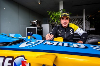 """Alonso willing to help Renault with """"anything they need"""" in F1 in 2020"""