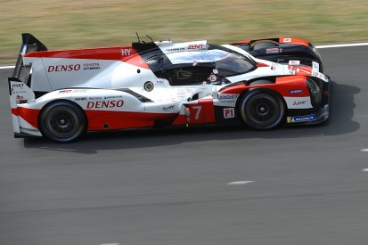 Le Mans 24 Hours: Toyota #7 car retains lead, Kobayashi heads Hartley
