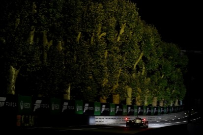 Le Mans 24 Hours: Lopez leads in #7 Toyota as night falls