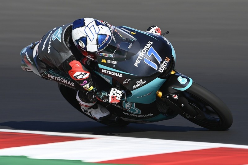 Moto3 San Marino: McPhee charges to victory as points leader Arenas crashes