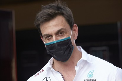 "Wolff: Reversed-grid plan risks making F1 ""completely random"" like WWE"