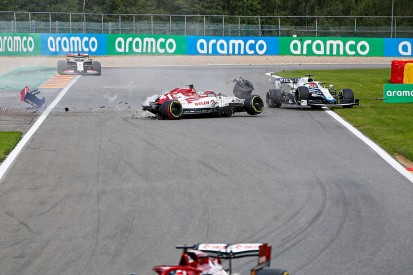 """Russell thankful for halo after """"scary"""" F1 Belgian GP crash"""