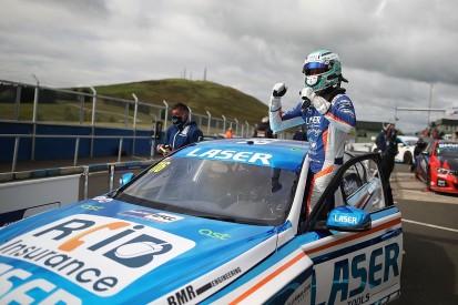 BTCC Knockhill R1: Sutton holds off Turkington for third win of 2020