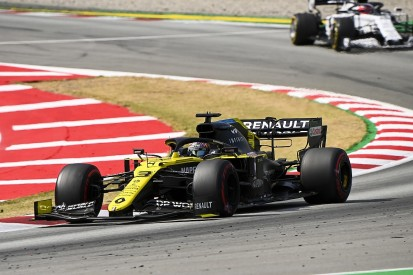 """Ricciardo hopes Spanish F1 GP is """"anomaly"""" after Renault failure to score"""