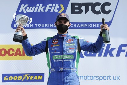 2013 BTCC champion Jordan takes win as he races in support series