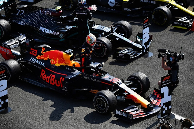 """Horner: Verstappen had to """"buy into"""" hard tyre gamble for 70th Anniversary GP"""