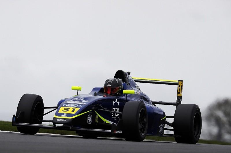 Villeneuve's Feed school explains British F4 prize drive winner's absence