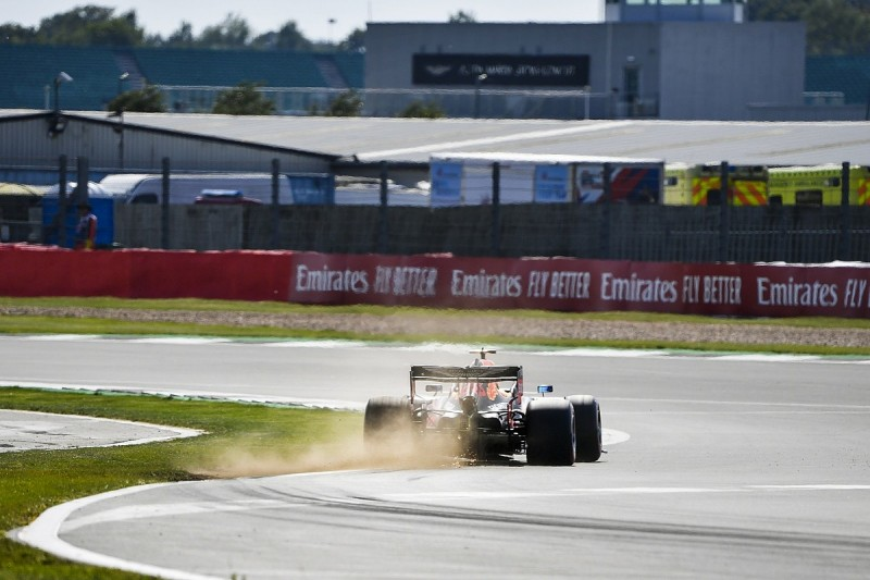 Silverstone installs new kerb at Chapel after F1 tyre damage fears