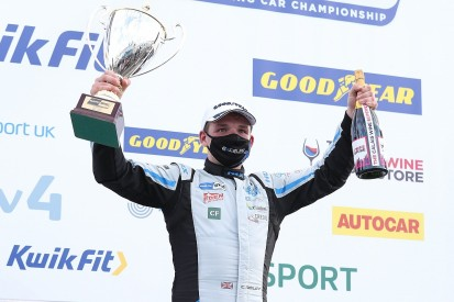 "Hyundai BTCC podium is ""genuine pace"" - Smiley"