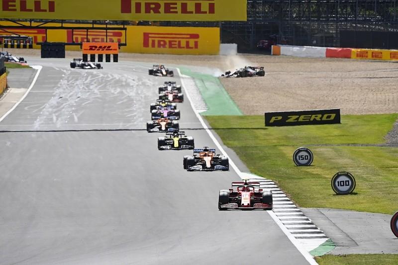 """Magnussen: Albon """"poorly judged"""" overtake attempt in F1 British GP"""