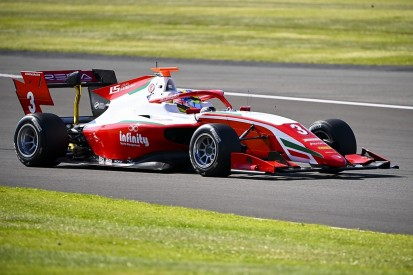 Sargeant grabs late pole in Formula 3 Silverstone qualifying