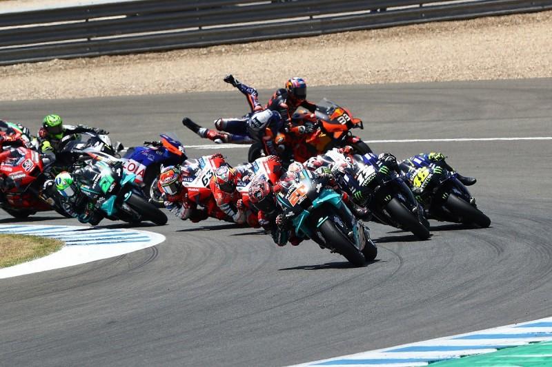 Andalusia MotoGP: Oliveira disagrees with Binder over Turn 1 clash