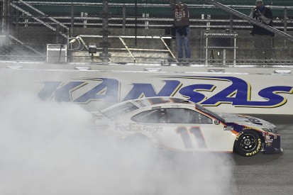 NASCAR Kansas: Hamlin holds off Keselowski for second win at Kansas