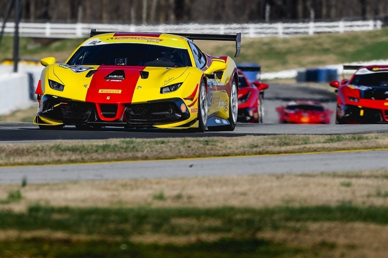 Ferrari Challenge Na Returns To Action At Indianapolis