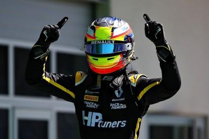 Renault junior Piastri survives first-corner Austria clash to win on F3 debut