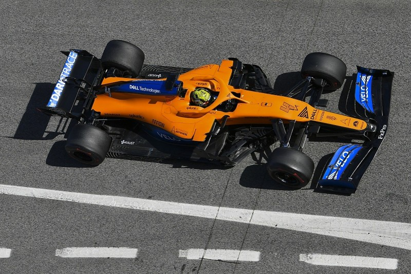 McLaren considering selling stake of up to 30% in its F1 team