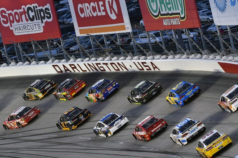 Nascar Starts Racing Again When Is It Where How To Watch More