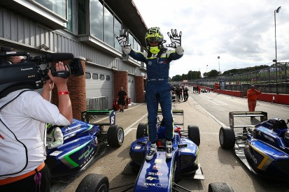 Aston Martin Autosport BRDC Award finalist Ahmed joins Carlin in F3