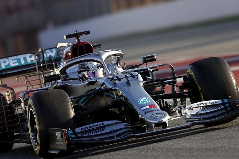 Video: Does Mercedes F1 steering aid open door to misinterpretation?