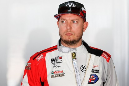 2012 WTCC champion Rob Huff steps back from WTCR race seat