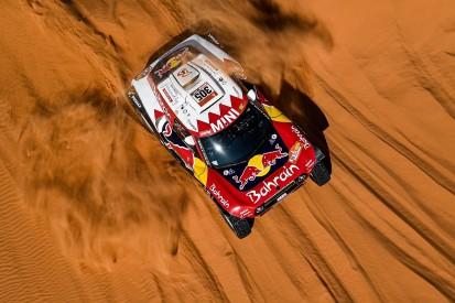 Serradori edges Alonso to Dakar stage eight win, Sainz holds lead
