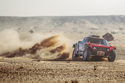 Dakar 2020: Carlos Sainz extends overall lead with stage seven win