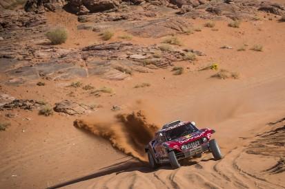 Carlos Sainz Sr takes 2020 Dakar Rally lead, Mini dominates again