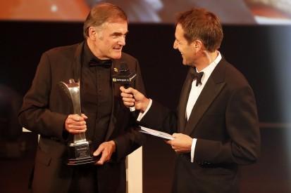 Legendary BTCC team boss Dick Bennetts receives Gregor Grant Award