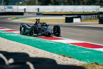 Paffett drives Mercedes FE car for the first time in second test