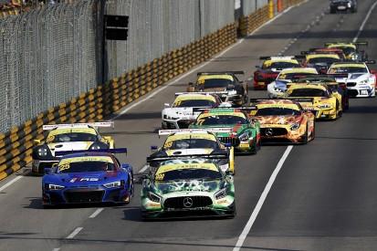 Macau GT World Cup: Marciello's Mercedes resists Bamber's Porsche