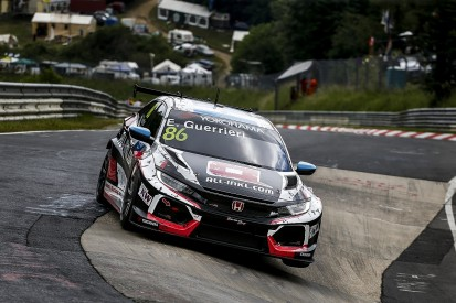 Guerrieri takes pole in rain-hit WTCR Nurburgring qualifying session