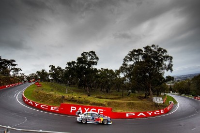Supercars gets extension to pitch for new fifth Bathurst event