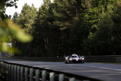 Le Mans 24 Hours: Safety cars help Alonso's Toyota cut gap to first