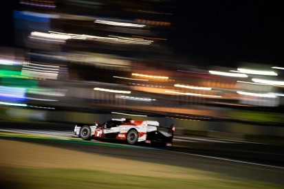 Le Mans 24 Hours: #7 Toyota edges clear in lead battle after safety car