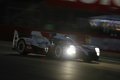Le Mans 24 Hours: Porsche GTE gap erased, #7 Toyota leads overall