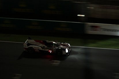 Le Mans 24 hours: Alonso can't close gap to leading #7 Toyota