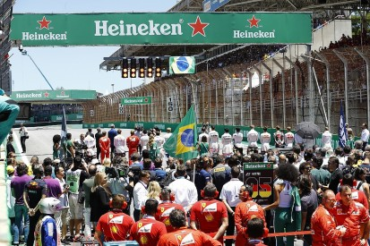 F1 replaces grid girls with 'grid kids' at all races for 2018 season