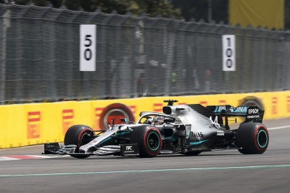 Hamilton messaged absent F1 engineer Bonnington for advice