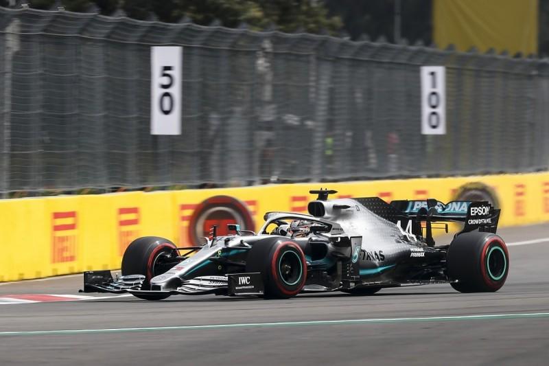 Hamilton messaged absent F1 engineer Bonnington for advice