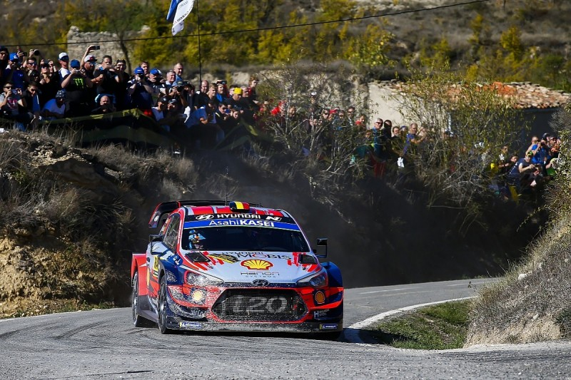 WRC Spain: Hyundai's Neuville extends lead as Tanak closes on title