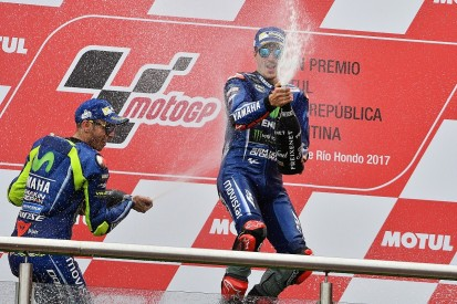 Maverick Vinales signs new Yamaha MotoGP deal