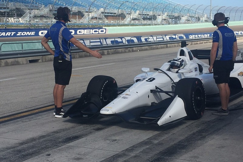 Carlin completes first IndyCar test with Homestead shakedown