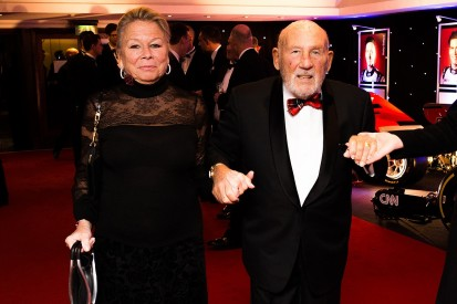 Stirling Moss retires from public life following serious illness