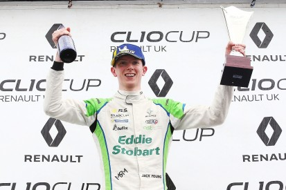 Renault UK Clio Cup 2019: Jack Young wins final title of TOCA era