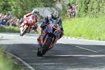 Hickman will stick with hybrid BMW for Senior Isle of Man TT finale