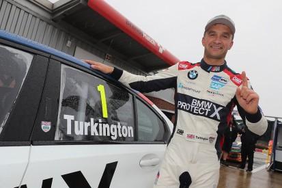 Turkington bags Brands Hatch BTCC pole, title rival Jordan crashes