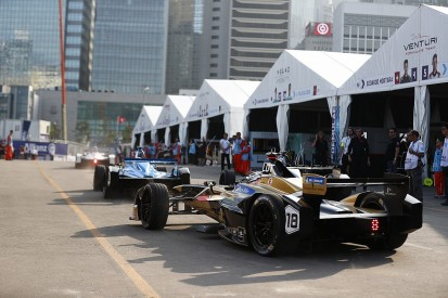 Formua E teams win fight to keep minimum pitstop time for Marrakech
