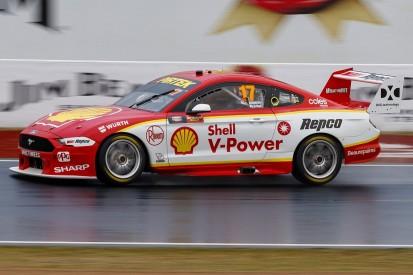 Bathurst 1000: Scott McLaughlin leads wet first qualifying