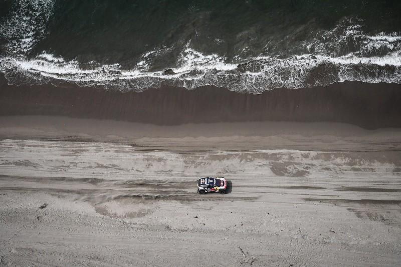 Carlos Sainz: 2018 Dakar Rally route is 'too much'