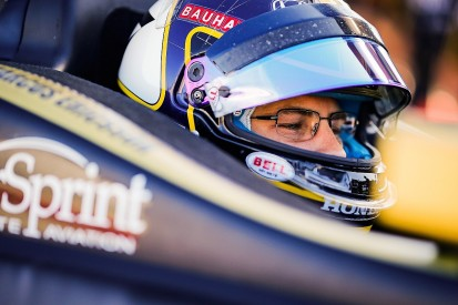 Ganassi signs ex-F1 racer Ericsson and expands to three Indycars
